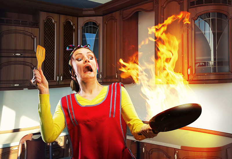 woman-does-not-know-how-to-cook