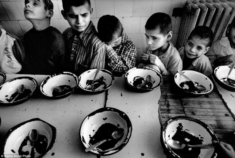 poverty-romania-orphans-starving